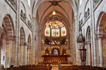 Kirchenschiff Kirche